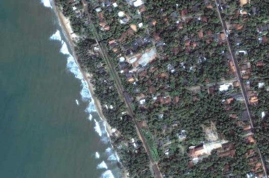Tsunami du 26décembre 2004: images satellites