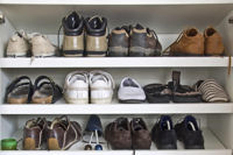 rangement chaussures comment bien le choisir. Black Bedroom Furniture Sets. Home Design Ideas