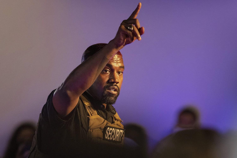 """Kanye West: pourquoi son album """"Donda"""" fait polémique"""