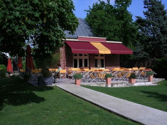 La Terrasse Du Jardin Brasserie Bistrot A Paris Avec