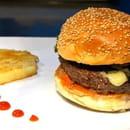 Auberge Napoleon  - burger -   © F.Caby