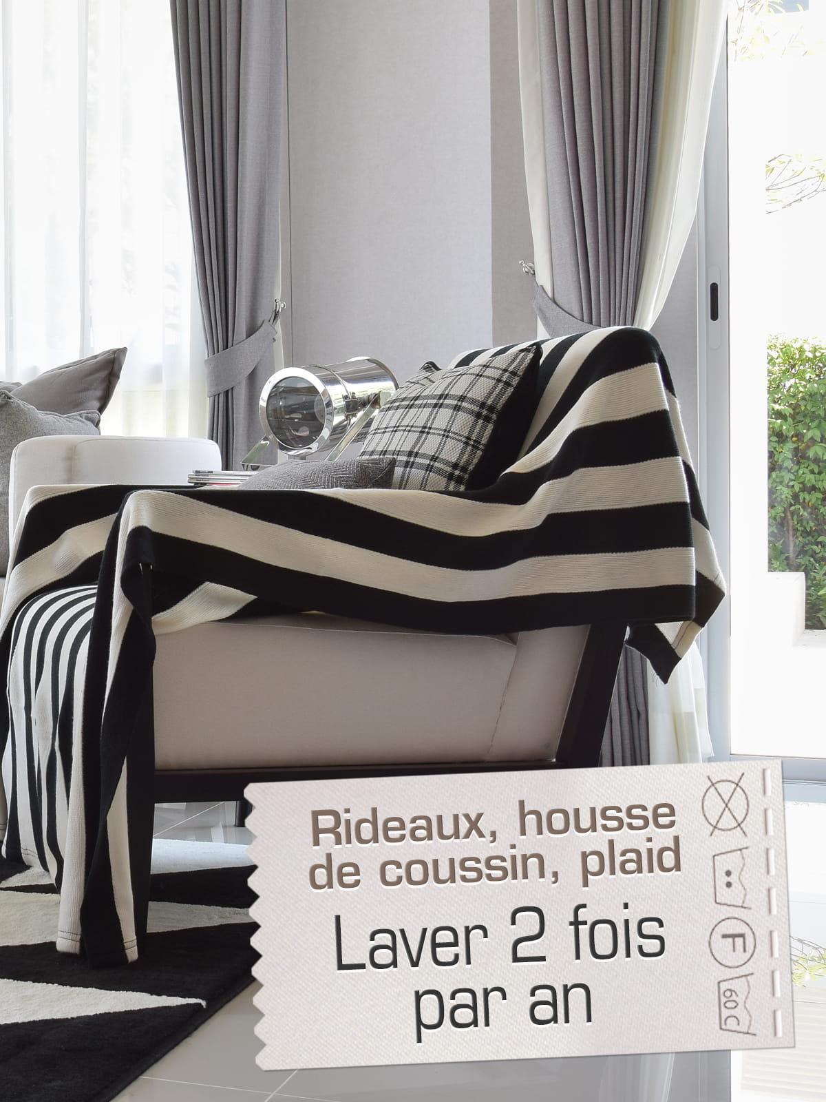 les rideaux les housses de coussins et les plaids 2 fois par an. Black Bedroom Furniture Sets. Home Design Ideas