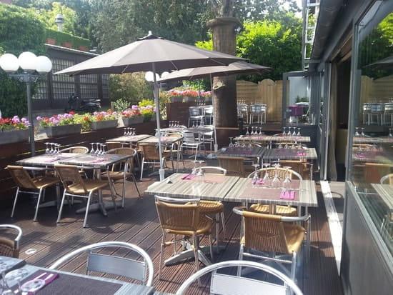 Le plat d 39 etain restaurant gastronomique rueil - Decoration table restaurant gastronomique ...