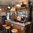 Aux Trois Couleurs  - Le bar du restaurant -   © Colmar.blog