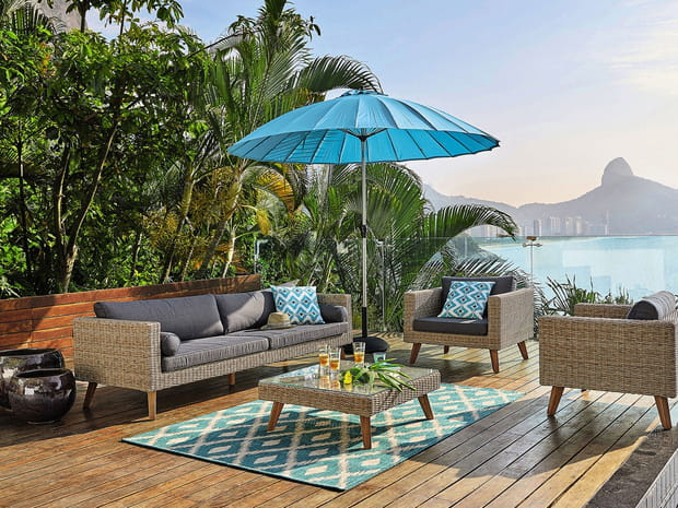 parasol d port comment bien le choisir. Black Bedroom Furniture Sets. Home Design Ideas