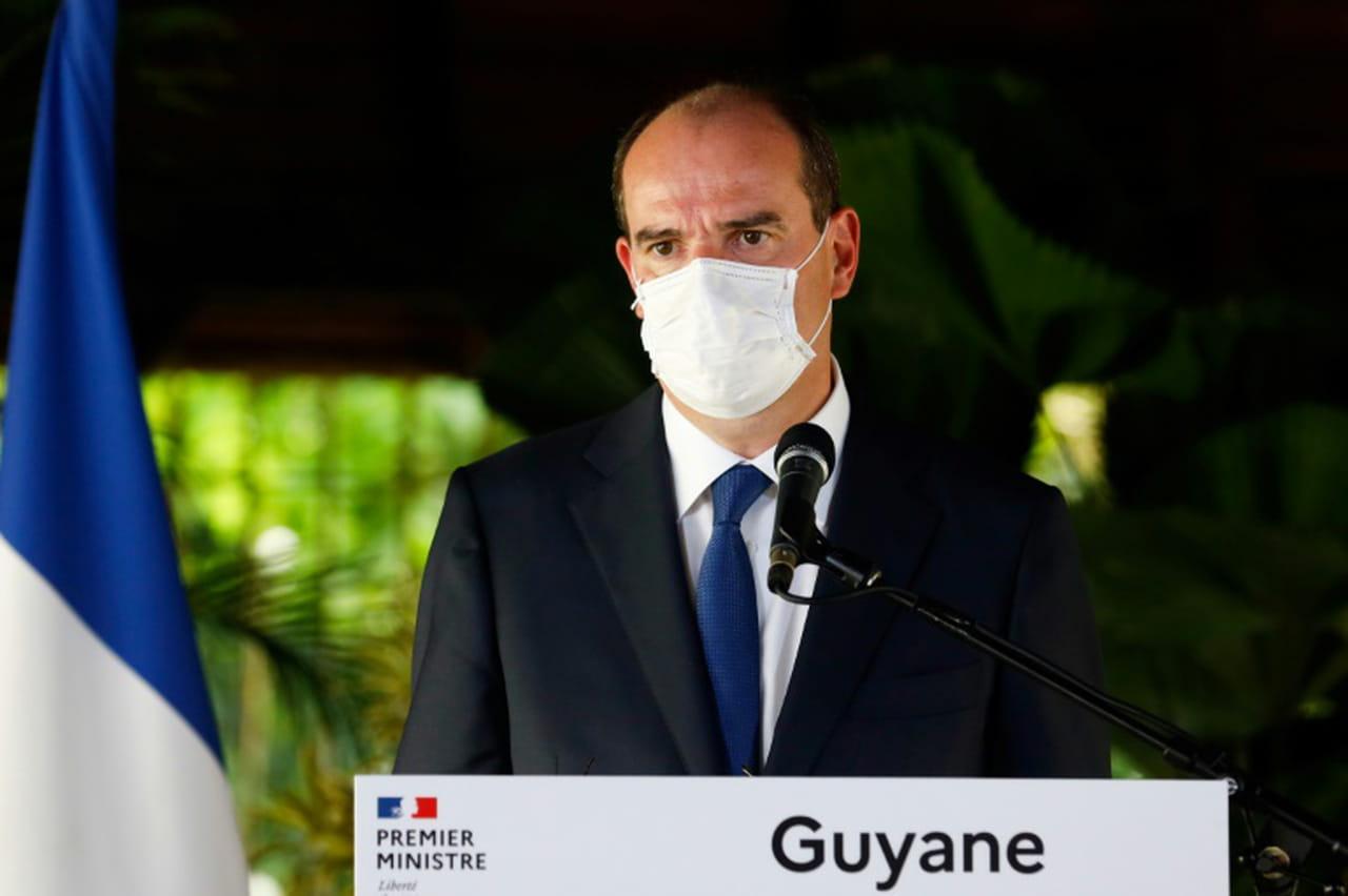 """Castex en Guyane, où """"la République n'a pas ménagé ses moyens"""" face au coronavirus"""