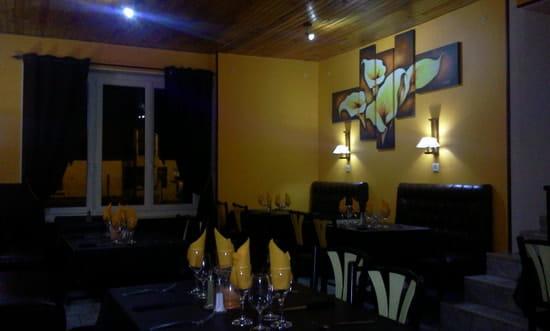 Café de Sauvigny  - salle de restaurant -