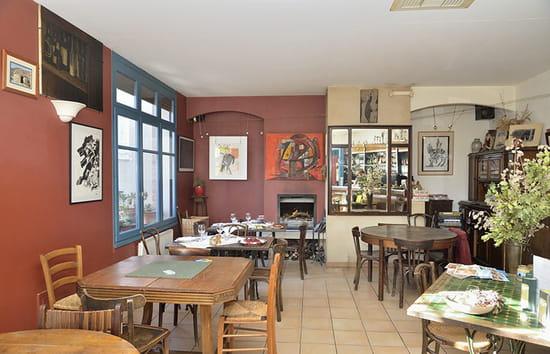 , Restaurant : Café de la Lavande  - Salle -   © Café de la Lavande