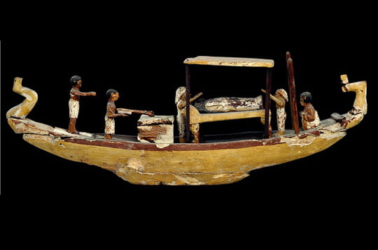 Barque funéraire