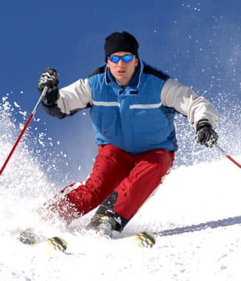 certains sports, dont le ski, sont plus dangereux que d'autres pour les genoux.