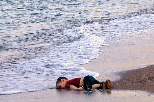 Aylan Kurdi, mort en Turquie: le récit bouleversant du drame