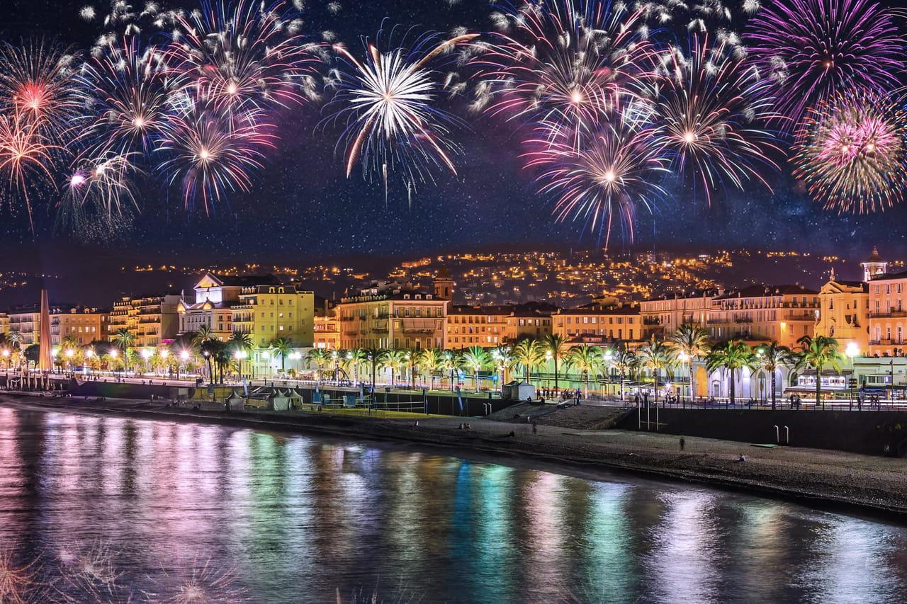 Feu d'artifice du 14juillet: Nice, région de Paris, lesquels sont tirés ce samedi 13?