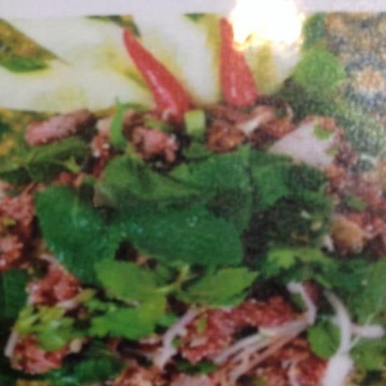 Plat : Coliseum Bane Thaï  - Laab neuia ( bœuf haché citronnelle) -