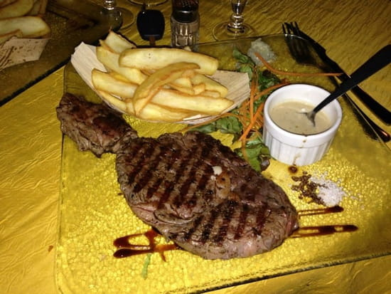 Plat : U Farniente  - Entrecôte sauce roquefort frites  -