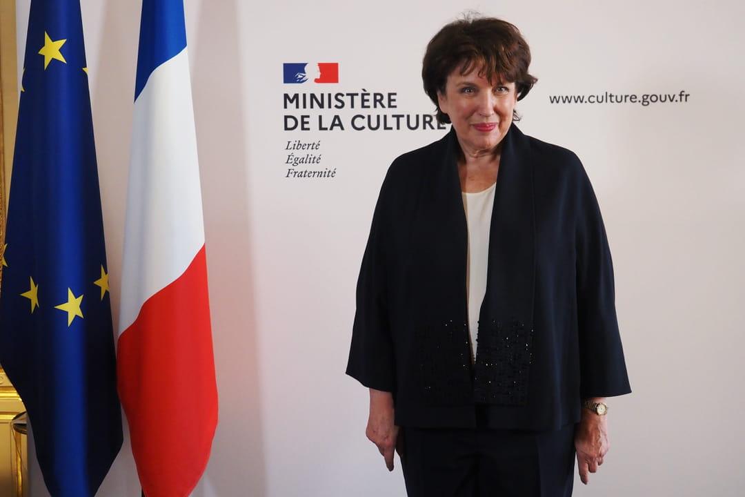 Roselyne Bachelot lors de la passation de pouvoirs avec Frank Riester lundi au ministère de la Culture.