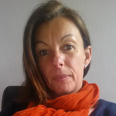 Stephanie Dozeville