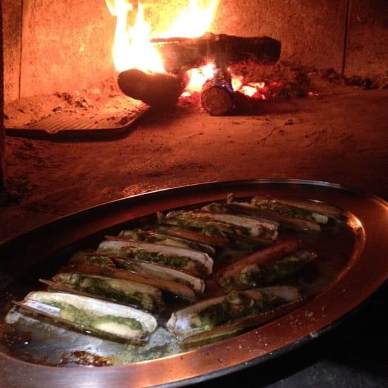 Entrée : Le Gard 1895  - Couteaux à la provençale au feu de bois -