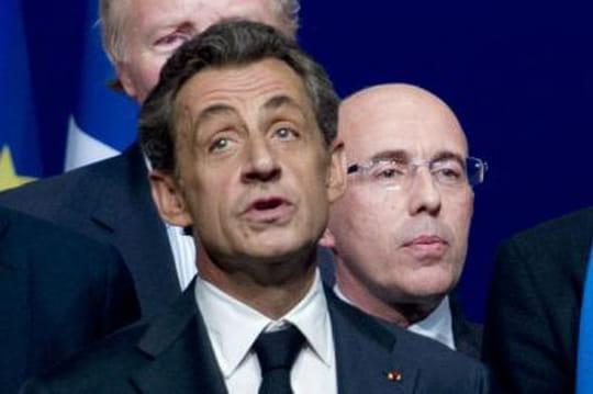 Départementales: Sarkozy joue doublement gros dans ces élections