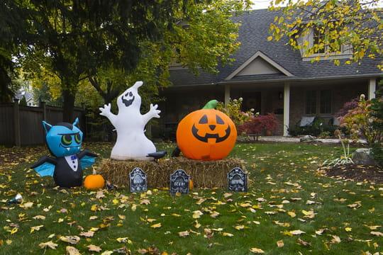 Halloween: recette, film, citrouille, déguisement, que faire à la maison?