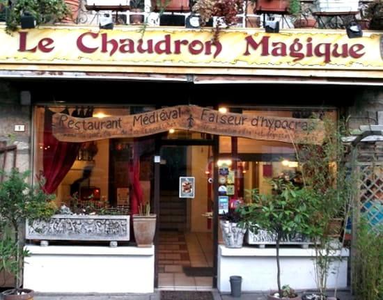 Le Chaudron Magique  - Façade du restaurant -