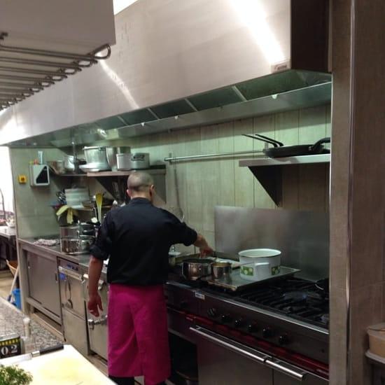 Restaurant : L'etoile des mer  - Le chef vous cuisine vos poissons.. Devant vous. -