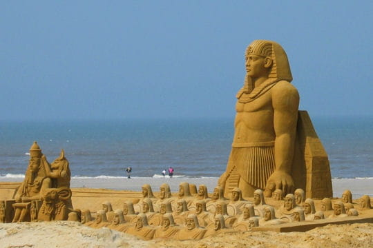 Sculptures sur le sable