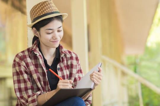 Ecrire un poème: poème en vers, poème en prose ou acrostiche