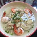 Plat : Restaurant Hà-Tién- Petite Diana  - Soupe 5 raviolis porc et crevettes -   © restohatien