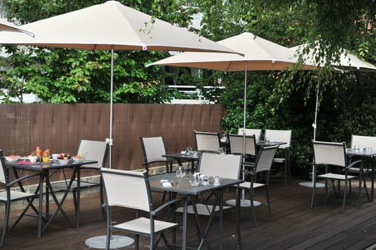 , Restaurant : Le Transat | Maurepas Saint Quentin  - La terrasse -   © Le transat