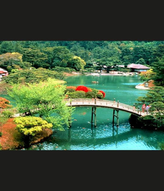 Ritsurin, l'un des parcs les plus célèbres du Japon