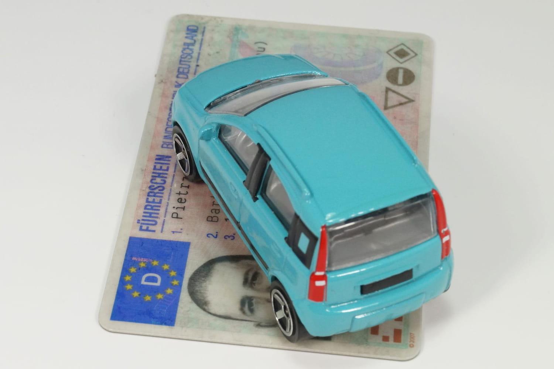 Suspension de permis: pour quelles infractions et durée?