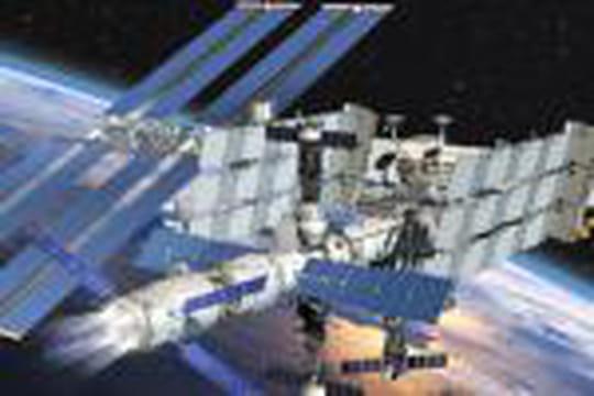 """Départ de l'ATV-2 """"Johannes Kepler"""" pour l'ISS"""