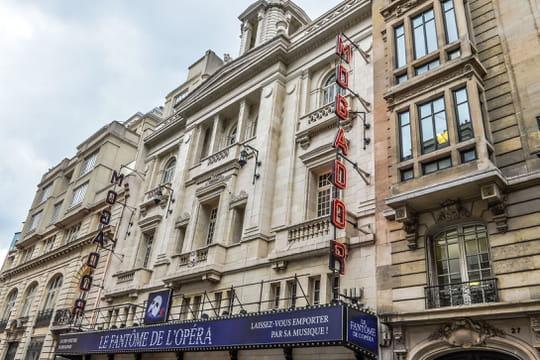 Théâtre Mogador: après l'incendie, la troupe du Fantôme de l'Opéra garde le sourire