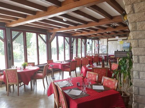 Restaurant : La Table des Bons Pères  - Salle du restaurant -   © La table des bons pères