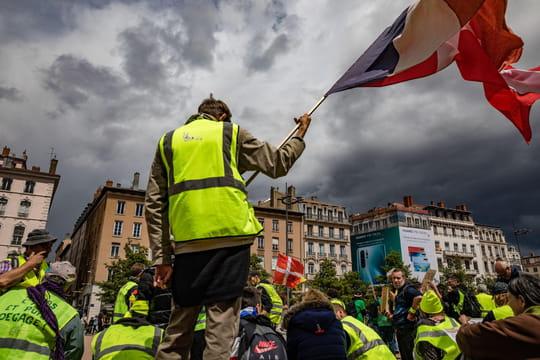 Gilets jaunes, acte 30: des affrontements violents à Montpellier