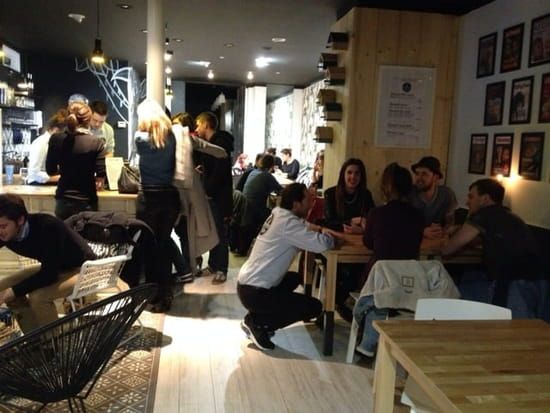 Restaurant : Trendy place  - Ambiance a la cool -