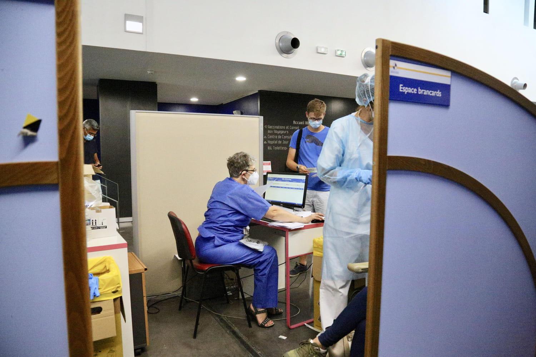 Coronavirus en France: la pandémie continue de reculer, toutes les infos