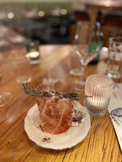 Boisson : Joseph et Raymond  - Vieille Mode, cocktail au rhum -   © vivonsfood