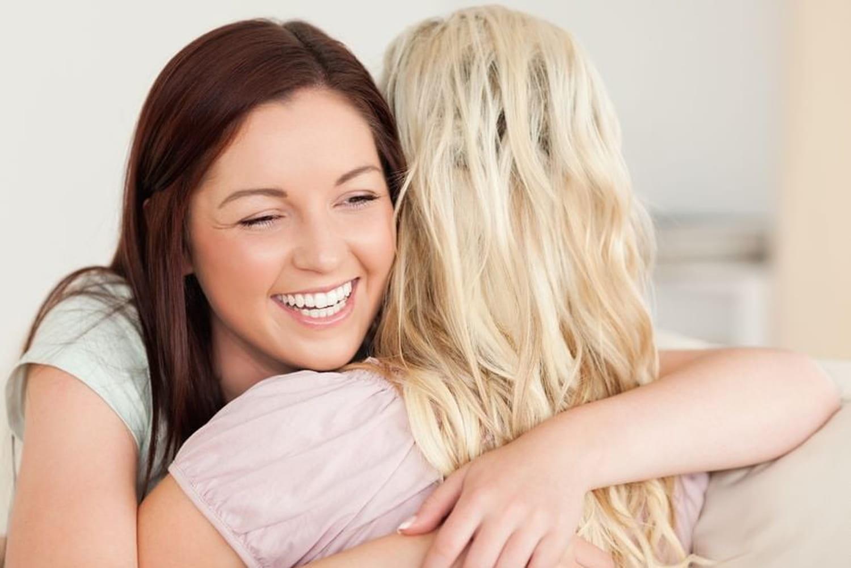 Texte pour sa meilleure amie: modèles touchants sur l'amitié