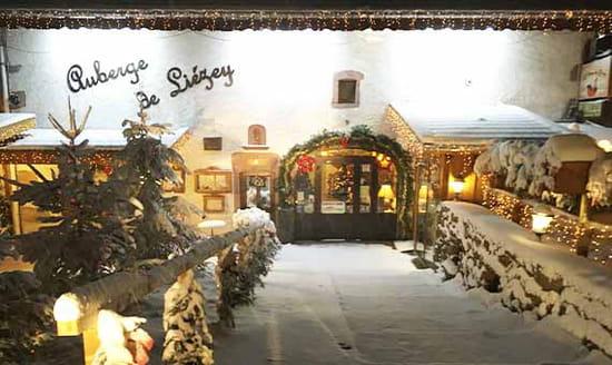 Restaurant : Auberge de Liézey  - Bienvenue à l'auberge en hiver -   © ADL