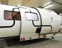 Zone interdite : En camping-car ou en caravane : en route pour l'aventure ! (1/2)