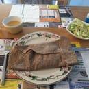 Plat : Le coin gourmand  - Galette campagnarde avec la salade et un pichet de cidre artisanale. -