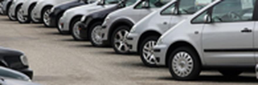 Les ventes de Peugeot dévissent en septembre 2011