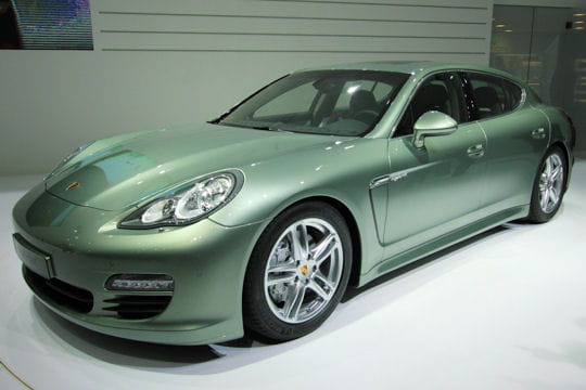 porsche panamera s hybride. Black Bedroom Furniture Sets. Home Design Ideas