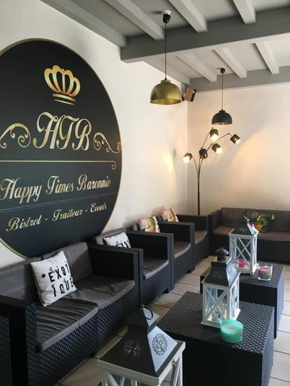 Happy Times Baronnie  - Lounge intérieur -   © HTB