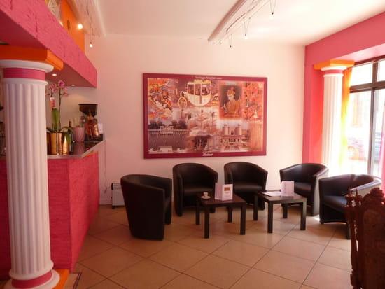 Restaurant indien Shalimar  - Le côté lounge -   © mraja