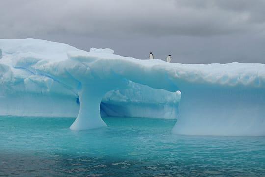 L'arche d'un iceberg