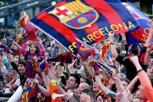 """Par amour pour le FC Barcelone, ilsappellentleurfils """"Barça"""""""