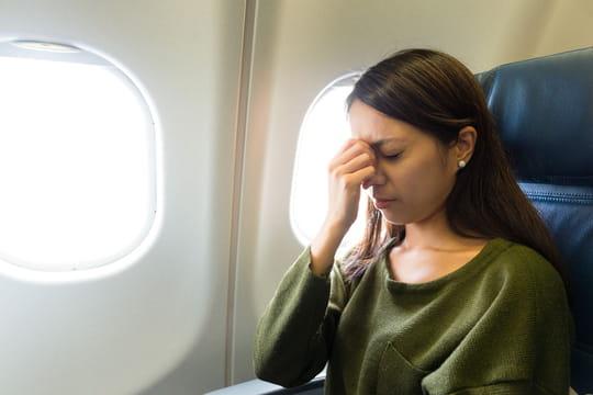 Peur de l'avion: stage, médicaments, hypnose... Les solutions