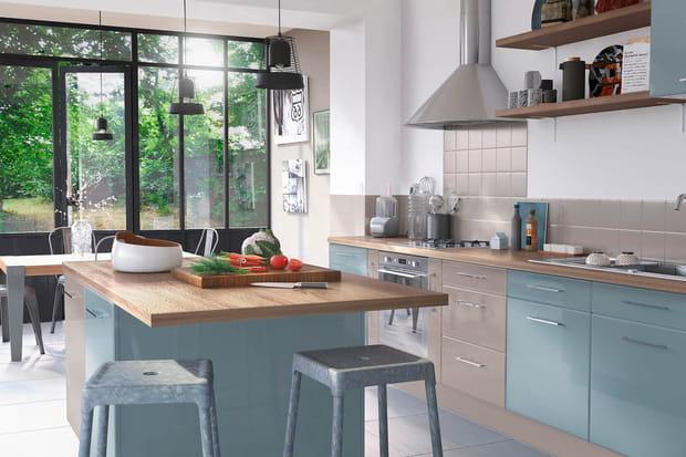 une cuisine pastel. Black Bedroom Furniture Sets. Home Design Ideas